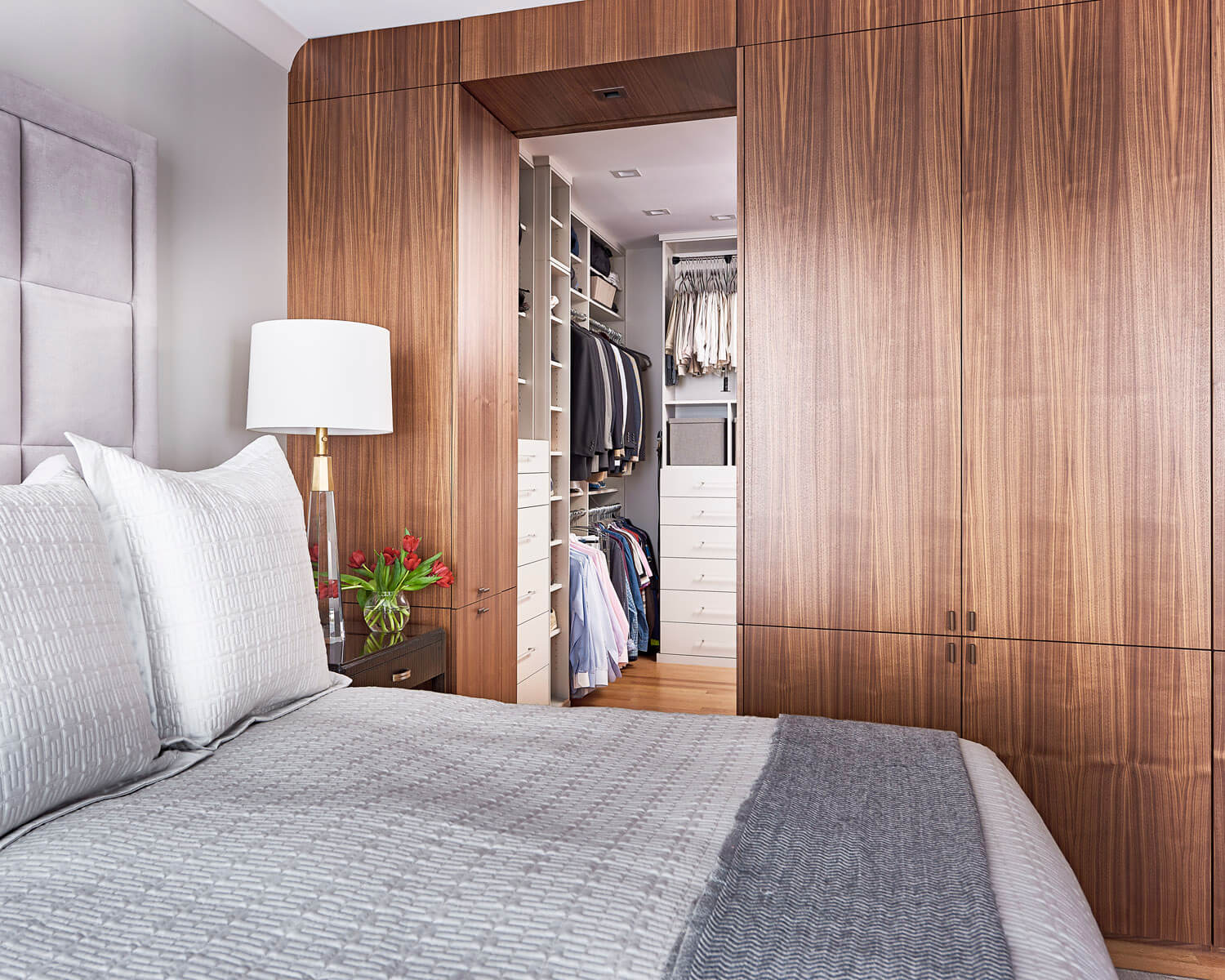 Modern Custom Cabinets And Storage Solutions For Your Bedroom