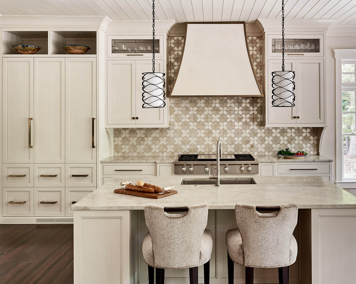 Inviting Kitchen Design With Custom Cabinets By Bistany Design