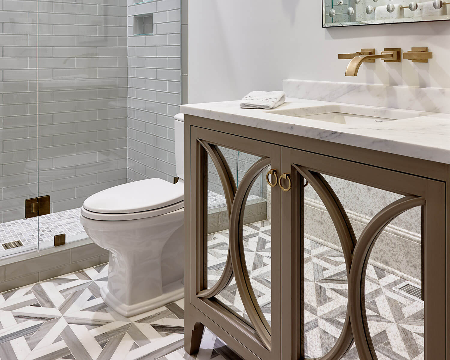 Glamorous Design Details For Your Bathroom Cabinetry